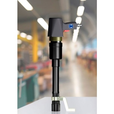 pneumatic torque multiplier for comfortable operation at deep bolting connections